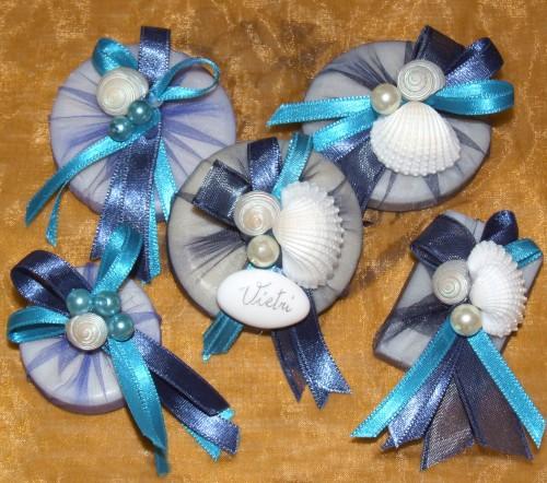 mezzaluna vietri sul mare,mezzaluna ceramica vietrerse,bomboniere in ceramica vietrese,bomboniere e confezioni,bomboniere artigianali,mezzaluna bomboniere promozione
