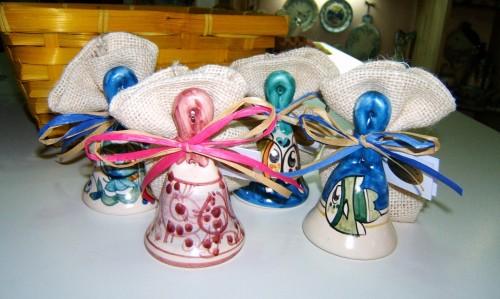 bomboniere in ceramica vietrese,ceramica vietrese bomboniere,bomboniere in ceramica,bomboniere artigianali,mezzaluna ceramica vietrerse,mezzaluna bomboniere promozione,mezzaluna bomboniere,matrimonio in costiera amalfitana