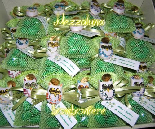 bomboniere in fimo,bomboniere in ceramica vietrese,bomboniere e confezioni,dolcezze di fimo segnaposto,dolcezze bomboniere,fimo e bomboniere,bomboniere battesimo,bomboniere artigianali,ceramica vietrese,ceramica vietrese,mezzaluna ceramica vietrerse,mezzaluna bomboniere vietri sul mare,mezzaluna bomboniere,matrimonio in costiera amalfitana
