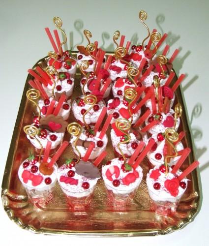 bomboniere in promozione,mezzaluna bomboniere,bomboniere,fimo e bomboniere,dolci segnaposto,dolcezze di fimo segnaposto,dolcezze bomboniere