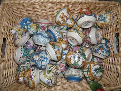 mezzaluna ceramiche vietresi,confezioni e bomboniere,promozione bomboniere e foto,bomboniere artigianali,mezzaluna bomboniere