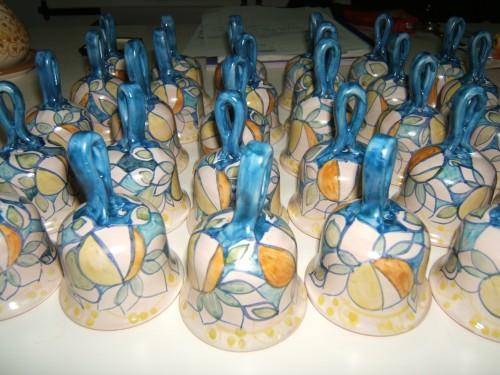 bomboniere in ceramica vietrese,bomboniere artigianali,ceramiche vietrese,ceramica vietrese,mezzaluna ceramiche vietresi,mezzaluna bomboniere vietri sul mare,mezzaluna bomboniere